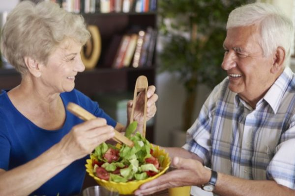 Welche-Nahrungsmittel-vermeiden-Seniorendiät